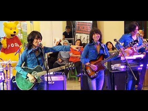 Rasa Hatiku ★ T-Koes Band @ Plaza Blok M