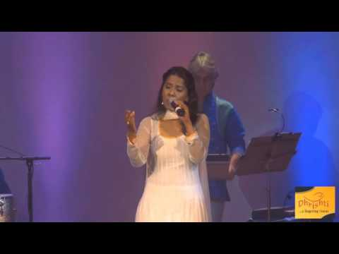 Des Rangila Rangila - Mahalakshmi Iyer Live at The Meadows Club Mp3