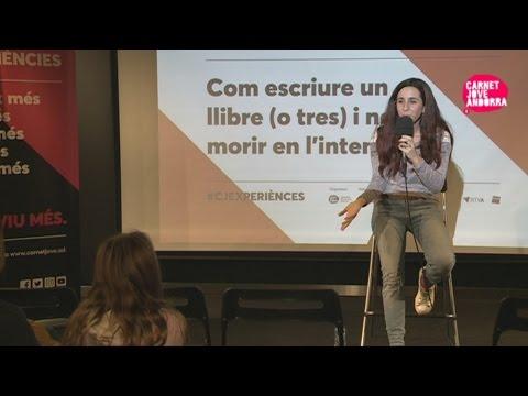 """Conferència """"Com escriure un llibre (o tres) i no morir en l'intent"""", de Laia Soler"""