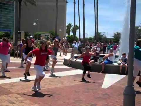 Jazzercise Flash Mob in Melbourne