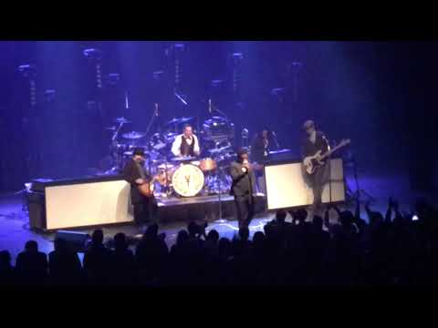Vintage Trouble - Toronto - Oct 23, 2017 - Danforth Music Hall - Full Performance