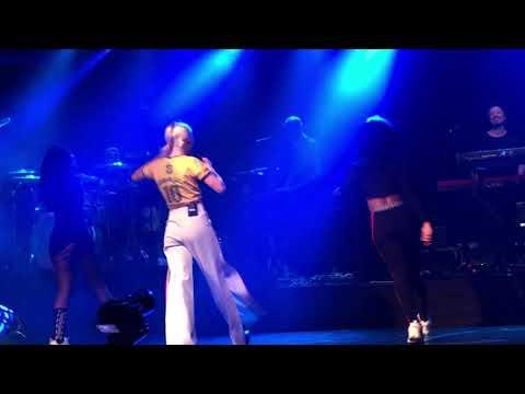Zara Larsson - Sundown  in São Paulo Brazil at  Club