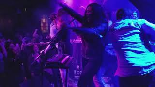 Скачать Alena Live Encore Yumi Zouma Live Barracuda Austin TX