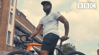 Temi's  mission to get more black people cycling - BBC