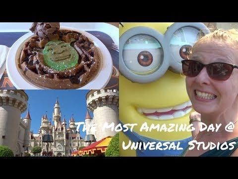 The Most AMAZING Day at Universal Studios, Singapore! | zozzyroberts