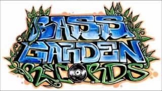 BASS GARDEN - Dj RJ Harris DUBSTAR