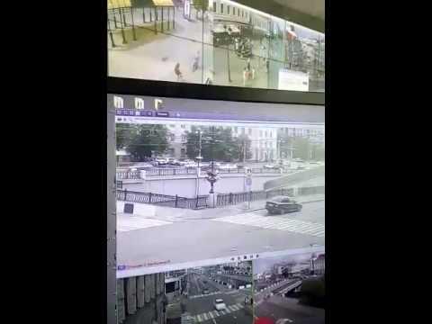В Казани KIA упала в протоку Булак!!!