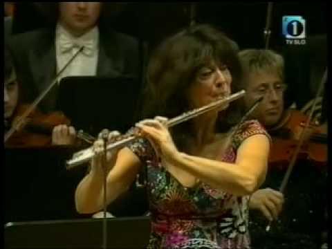 Mozart Flute Concerto No. 1 - Irena Grafenauer (3/3)