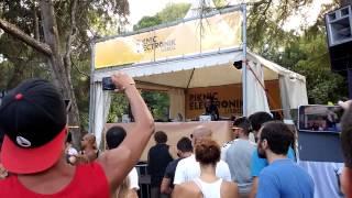 DJ Vibe @ Piknic Electronik - Lisboa 30/8/2015 (Entrada)