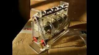 Mini moteur à vapeur transparent.