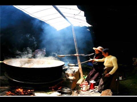 Tibetan women learning Tibetan Language