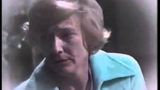 Kay Chancellor flashback of hospital visit from Jill after the car wreck in 1975