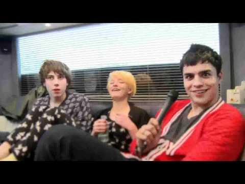 Skins Tour 2011  The Bus To Bristol
