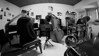 Taking A Chance On Love (V. Duke). MARCO MANCINI:piano - NICOLA CORSO:bass - LUCA SANTANIELLO:drums