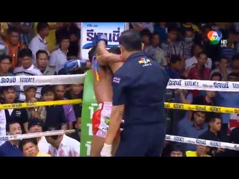 Muay Thai Fight   Lumpini Stadium, Bangkok, 14 December 2014 Full HD