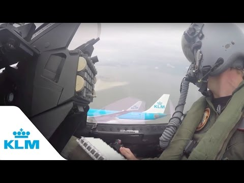 KLM Cockpit Tales: Part 9 - KLM flying in formation with F-16