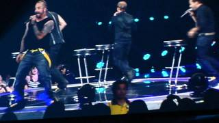 12 Min Backstreet Boys Medley (when they go into the audience) - Toronto-June 9, 2011-NKOTBSB Tour Resimi