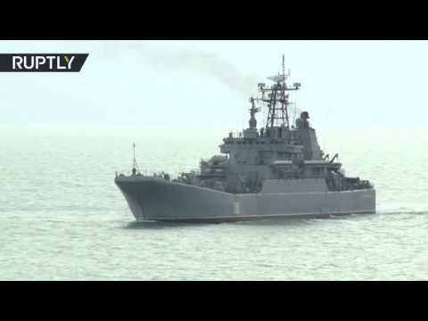Российский десант высадился в Крыму.