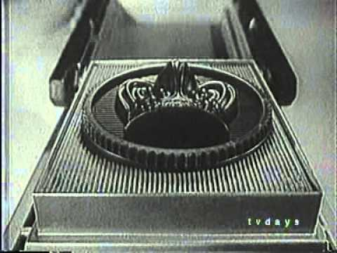 Mattel VAC-U-FORM Classic Toy Commercial (1960s) - YouTube