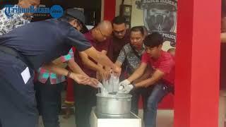 Satresnarkoba Polresta Barelang musnahkan 2.290 gram sabu, Jumat, 2 Maret 2018