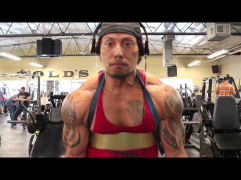 Sam Medina Training Biceps at Golds Gym North Hollywood