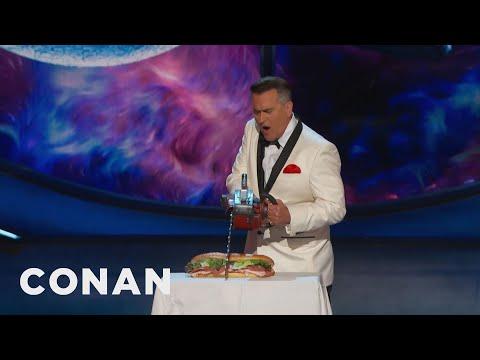 Bruce Campbell Cuts Conan's Sandwich,