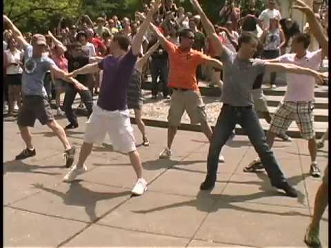 Mamma Mia Flash Mob - Dupont Circle, DC, May 2