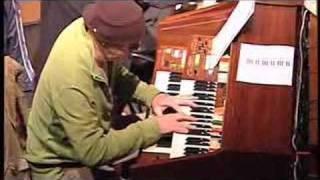 Toy 10 person Organ Concert