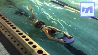 Обучение плаванию. Успехи Елены