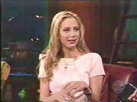 Mira Sorvino - [Oct-2001] - interview (part 1)