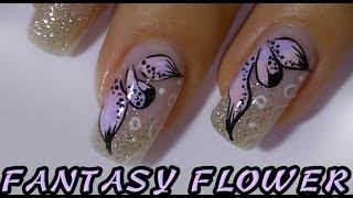 Gradient Colored Petals,simple Flower Nail Art Design