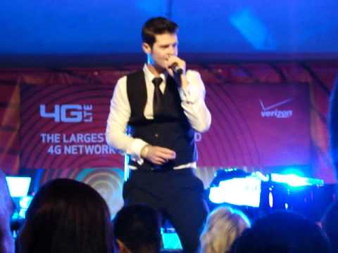 Lost Without You  Robin Thicke  PERFORMANCE