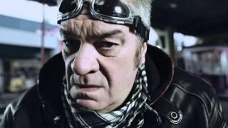 Uusi Iloinen Teatteri - Jussi Lampi - Kivaa ja korkealta 2015