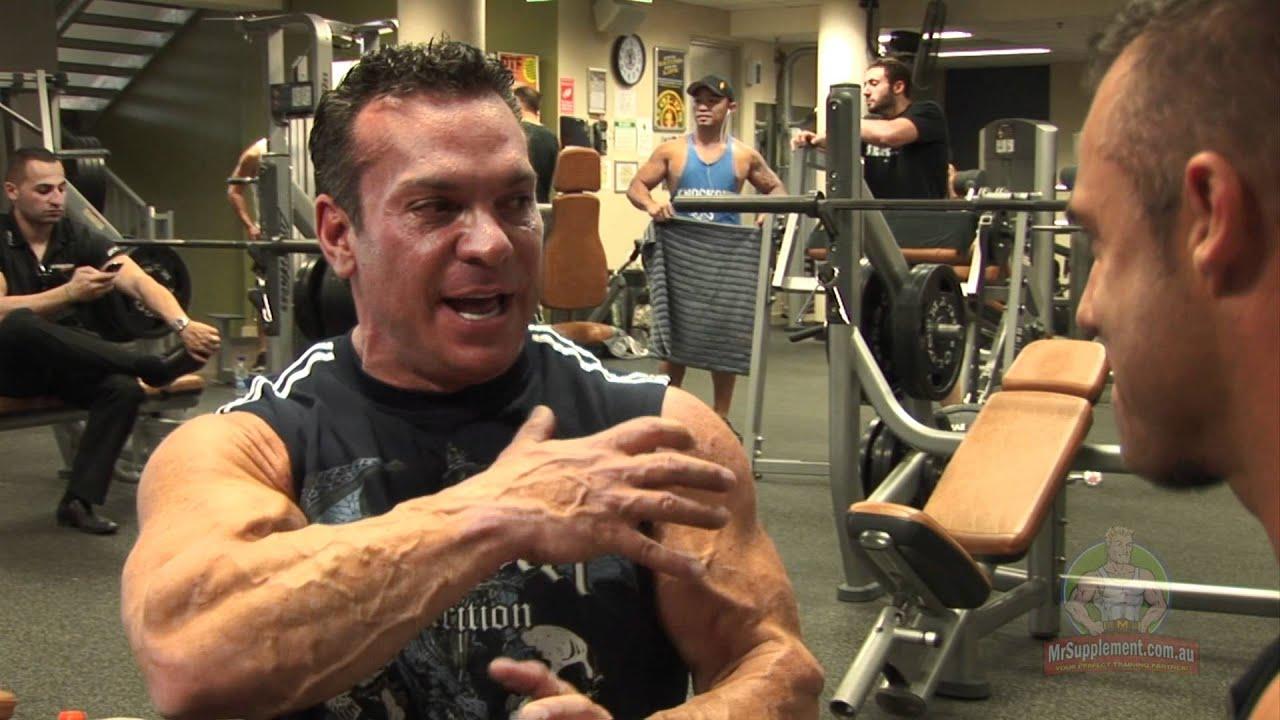 Rich Gaspari - Training Delts - YouTube