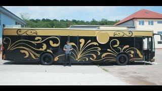 Мы прокачали старый автобус,и теперь он зарабатывает 100$ час.