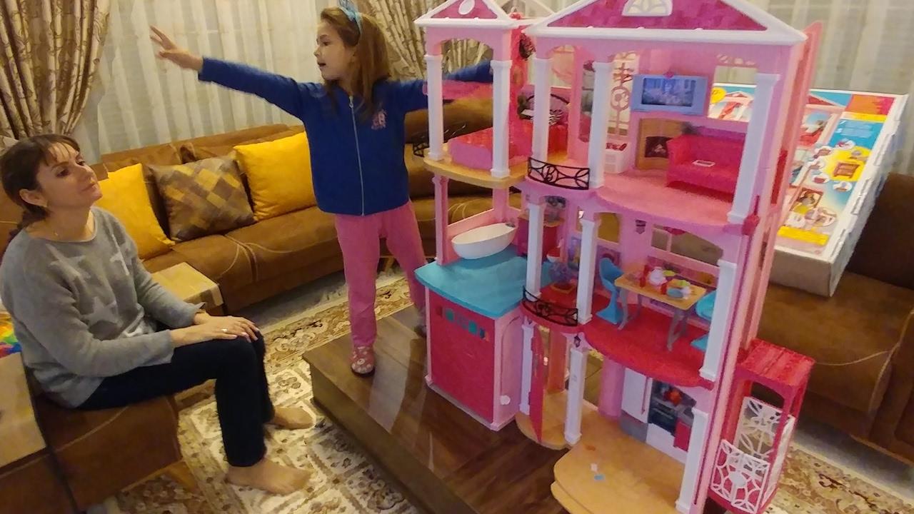 Kızınız için kendiniz bir bebek evi nasıl hazırlanır
