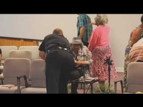 Metropolis church honors law enforcement in special service
