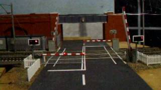 Ravensclyffe level crossing with sound