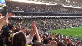 Çalgıcı Karısı CİMBOM! (Tribün Çekim FHD) [Fenerbahçe 0-0 Galatasaray 17.03.2018]