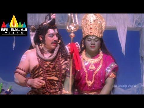 Brahmachari Movie Simran Making Fun in Shooting Sets | Kamal Haasan, Simran | Sri Balaji Video