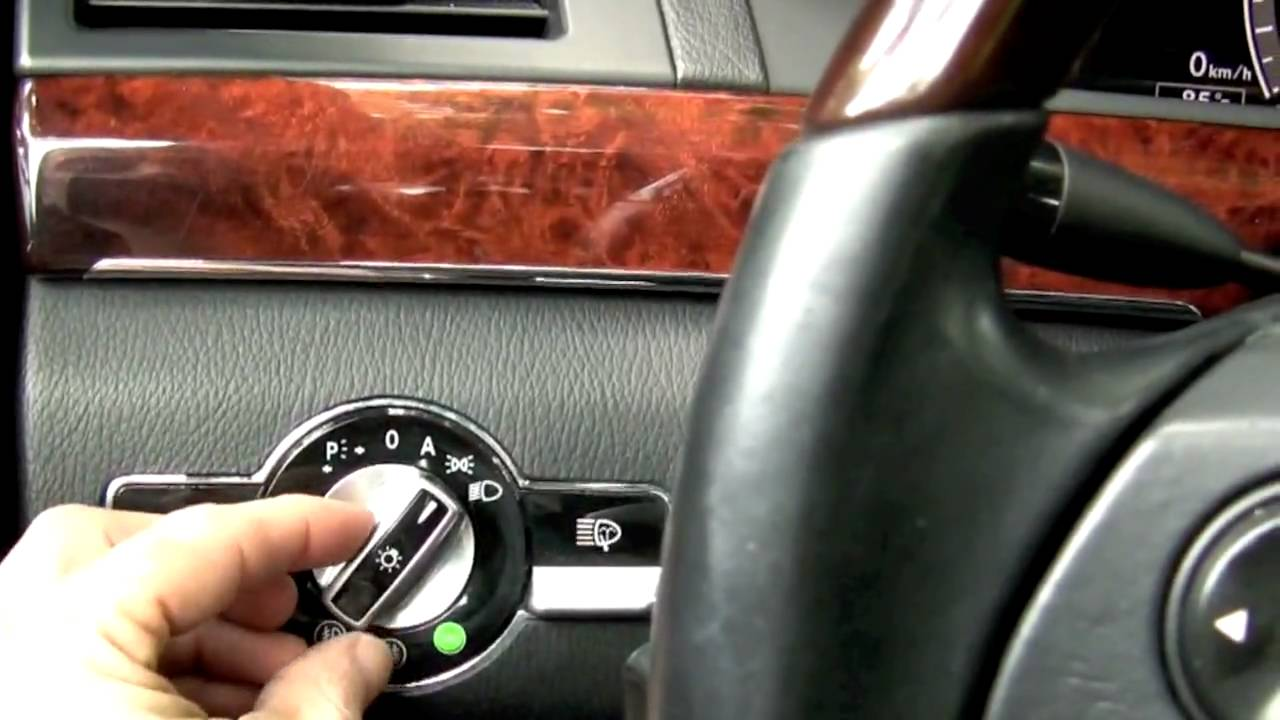 Watch on 2013 mercedes benz e55 amg