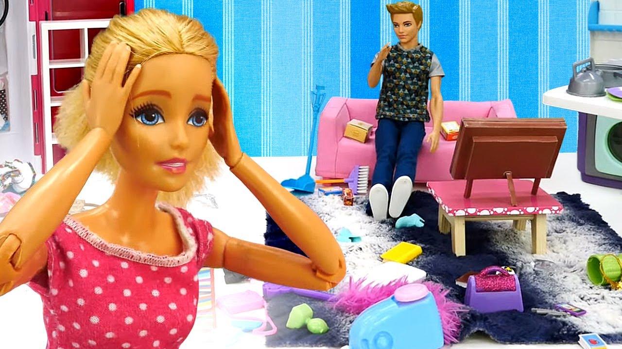 Barbie ve Ken videosu! Ken evi mahvediyor! Temizlik yapma oyunu