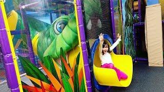 MUITA DIVERSÃO NO BRINQUEDÃO! ★ Brincando no Playground Bronto's Adventure | Niagara Falls | VLOG
