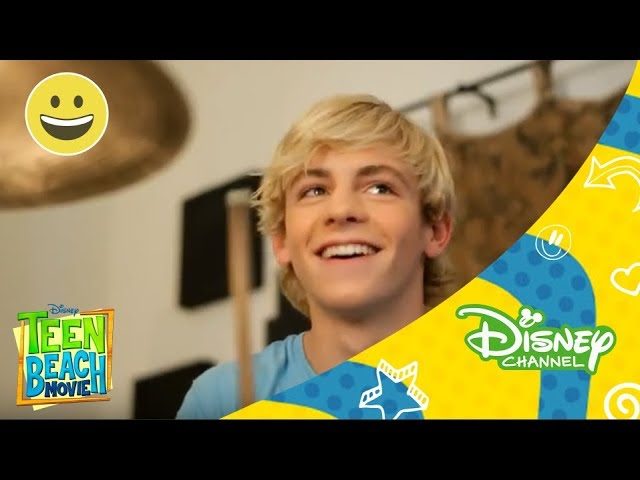 Disney Channel España | Who I Am by Ross Lynch Videos De Viajes