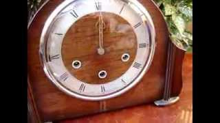 Vintage Smith Mantle / Mantel clock Westminster Striking+ Key Pendulum See Video