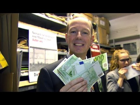 Sonneborn rettet die EU: Bizarre Parteienfinanzierung