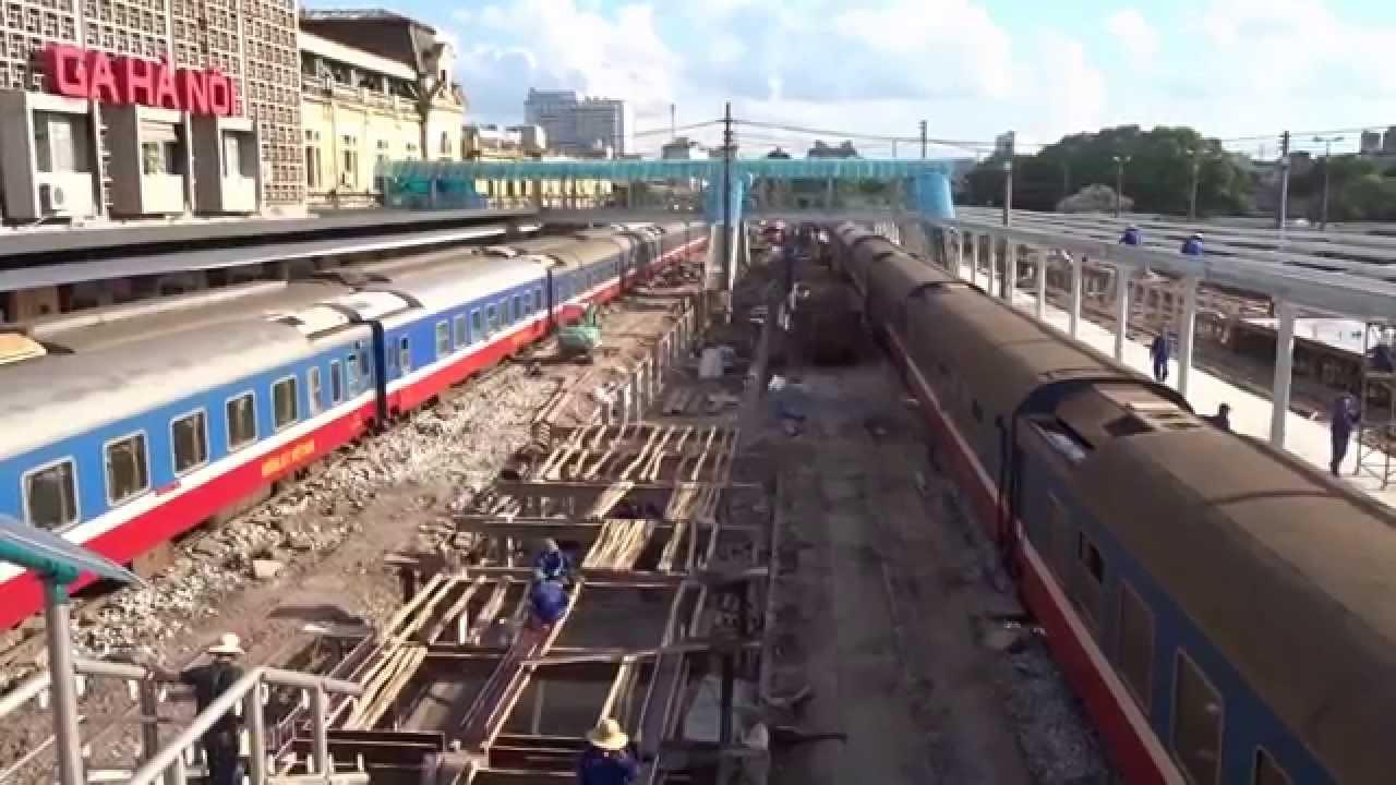 Hanoi Railway Station Construction High Platform (2014)