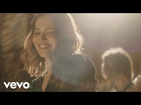 Mandy Moore – Save A Little For Yourself