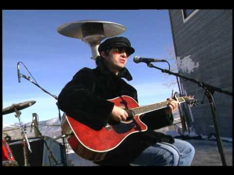 """Wonderwall"" Oasis, Live from Aspen Colorado at MTV"