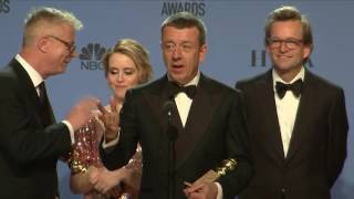 'The Crown' Cast & Crew - Golden Globes 2017 - Backstage Interview